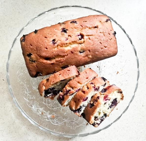 Blueberry Tea Bread (3 of 5)